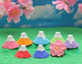 Iwako 6 pieces Colourful Mt Fuji and Flower Japanese Puzzle Erasers (1 Flower Eraser + 5 Fuji Mt Eraser - Random Colours!)