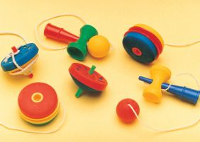 Iwako by Themes: 6 Classic Toys - Yoyo, Spinning Top, Cup & Ball Japanese Erasers