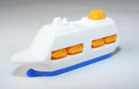 Iwako Sea & Air: Blue Cruise Ship Eraser