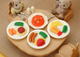 Iwako by Themes: Hot Lunch Plates Erasers