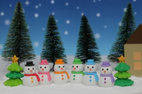 Iwako Snowman and Christmas Tree Japanese Erasers (5 pieces - 4 x Random Colour Snowman + 1x Tree) from Japan
