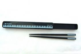Music Themed Keyboard Design Chopsticks Set in Pull-open Case