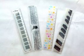 Party Bag Pack of 5 Music Themed Designs 15cm Rulers