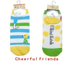 Shinzi Katoh A Pair of Ladies Socks (Women's Socks) - Cheerful friends Design