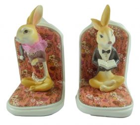 ZakkaDesign Elegant Hare Design Clay Bookends Book Stand